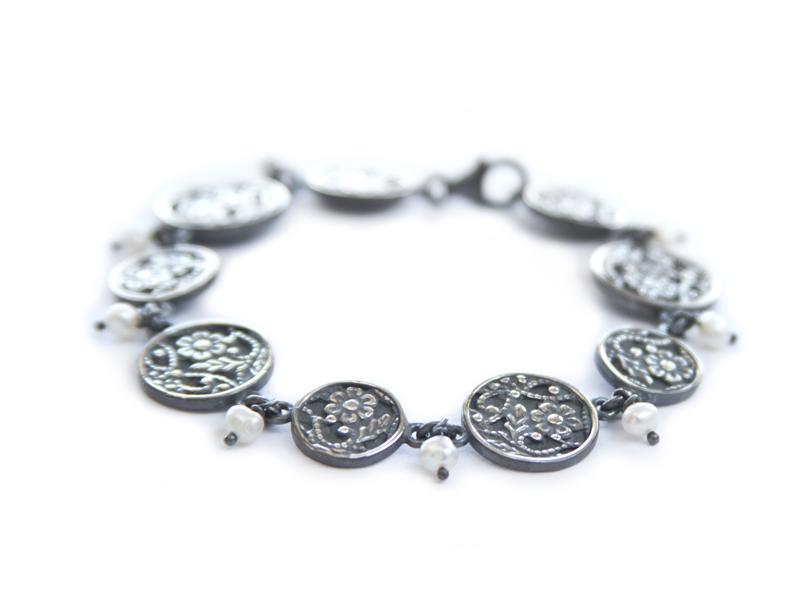 orn-bracelet