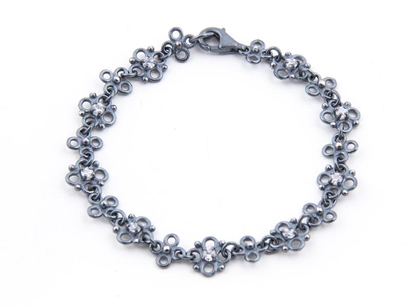 stamens-bracelet-dark