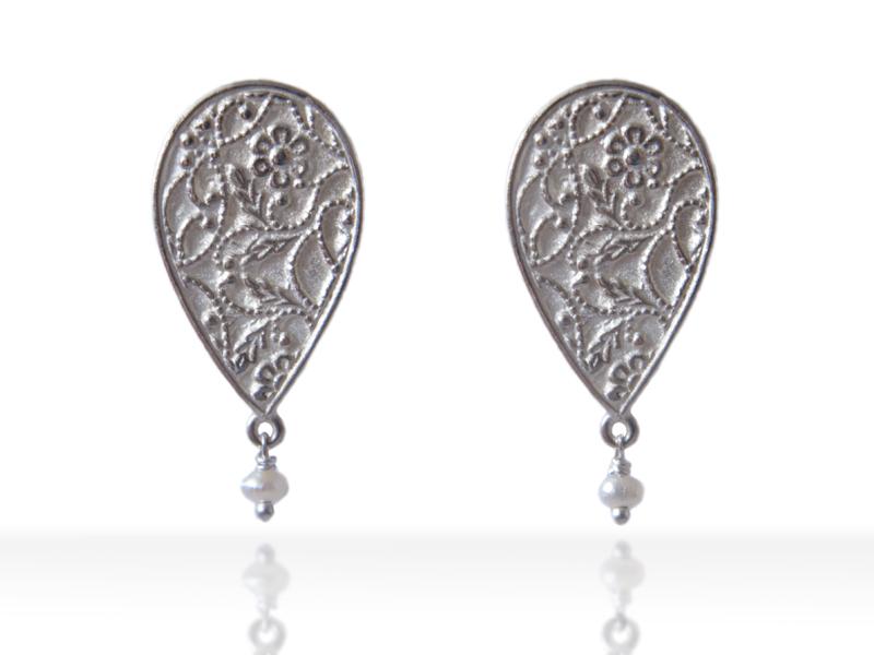 bright-big-earrings